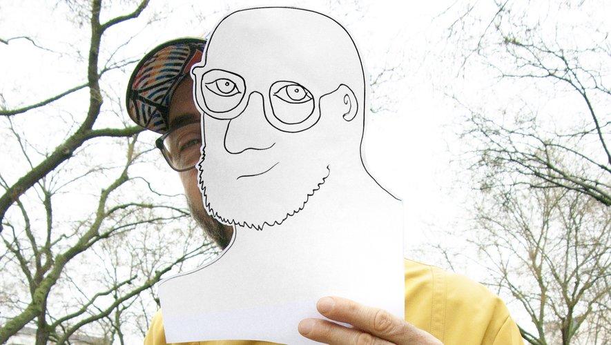 Alors qu'il a longtemps refusé les photos d'identité, préférant s'appuyer sur des autoportraits dessinés, Blick a fini par accepter la proposition de Miguel Rosales, un photographe spécialisé dans le portrait et la mode.Miguel Rosales
