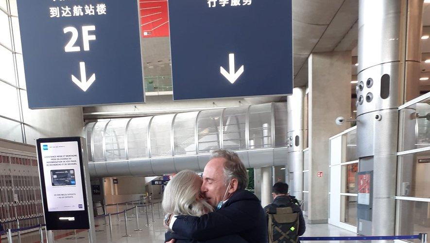 L'entrepreneur a été accueilli par sa sœur, Eléonore Echene, à l'aéroport, jeudi 15 avril.
