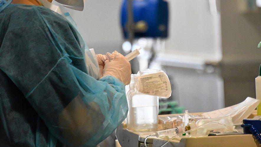 L'hôpital Jacques-Puel de Rodez dispose d'un service  de soins palliatifs.