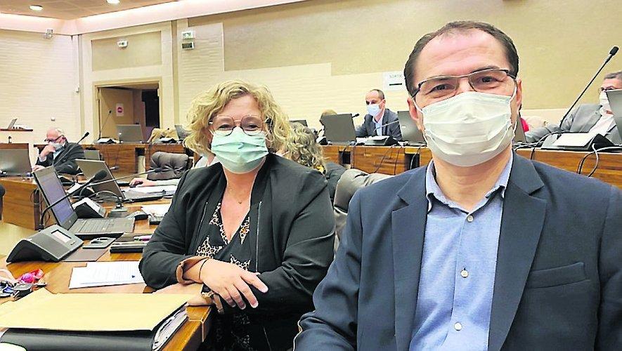 Stéphanie Bayol et Éric Cantournet, les conseillers départementaux du canton de Villefranche-de-Rouergue.     DR