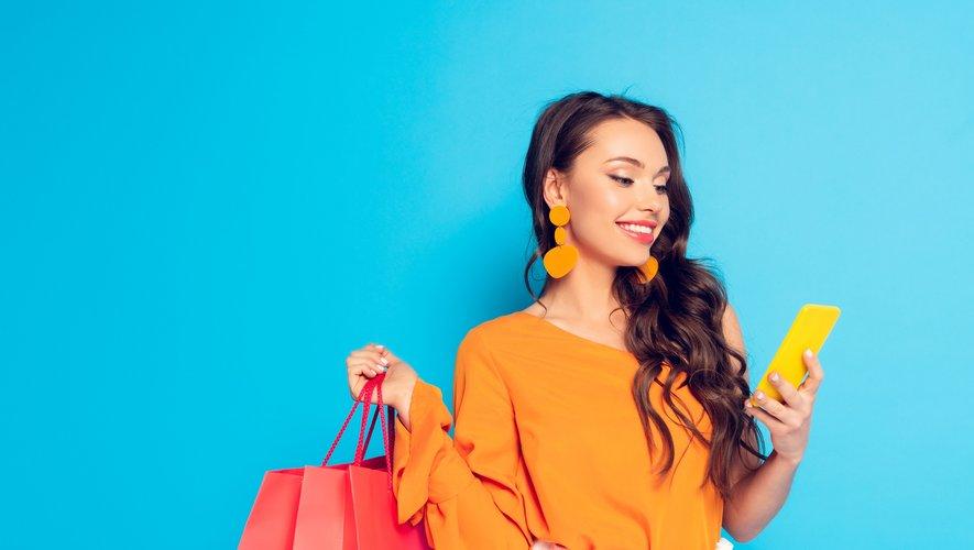Il est désormais possible d'acheter ses vêtements en tout transparence grâce à des applications et des labels dédiés. Et si on les testait pour le Fashion Revolution Day ?
