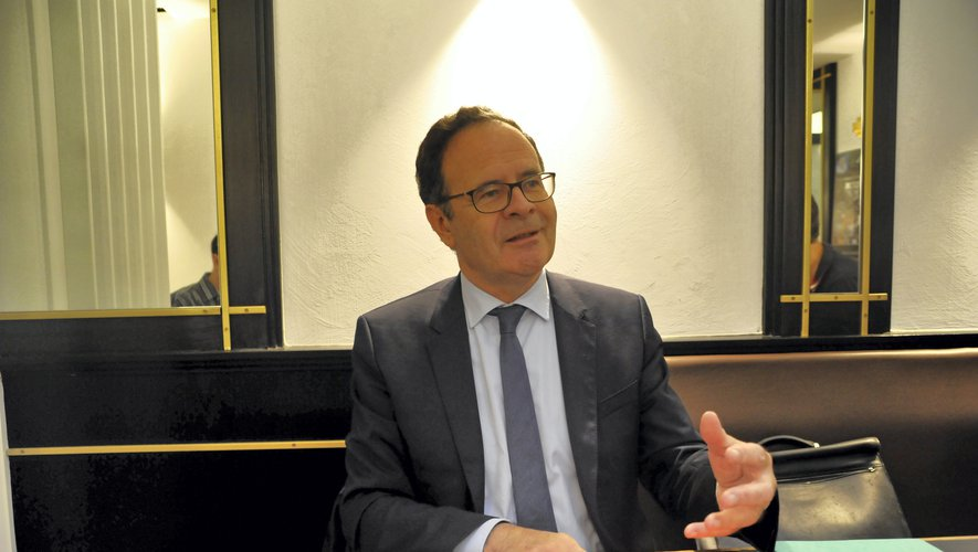 Alain Marc va se consacrer à son mandat de sénateur.