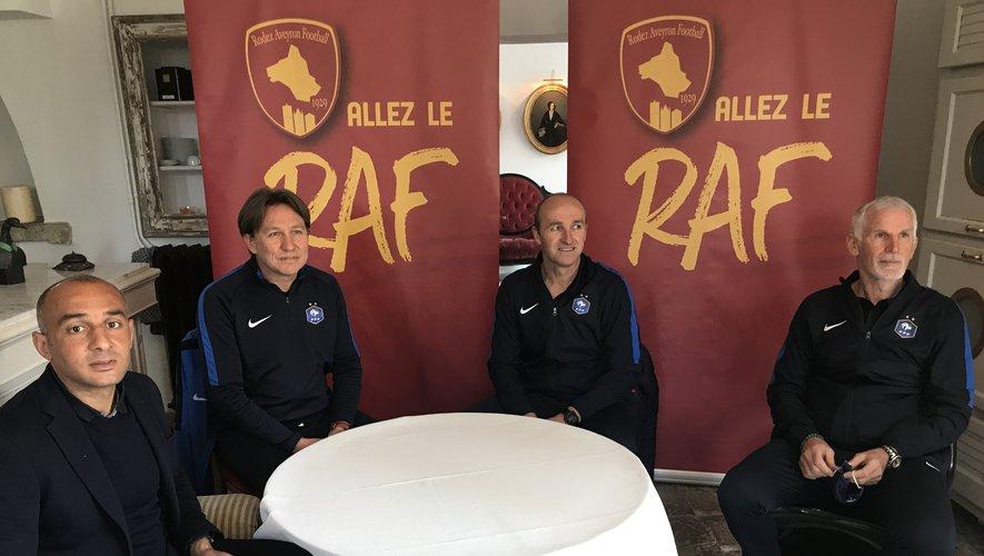 Gregory Ursule, le manager du Raf, aux côtés de Franck Thivillier, Lionel Rouxel et Francis Gillot, les formateurs des futurs entraîneurs.