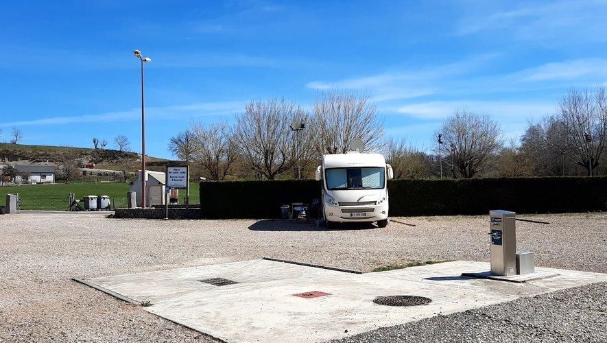 L'aire de camping-cars de Sainte -Geneviève peut de nouveau accueillirles camping-caristes dans des conditions optimales.