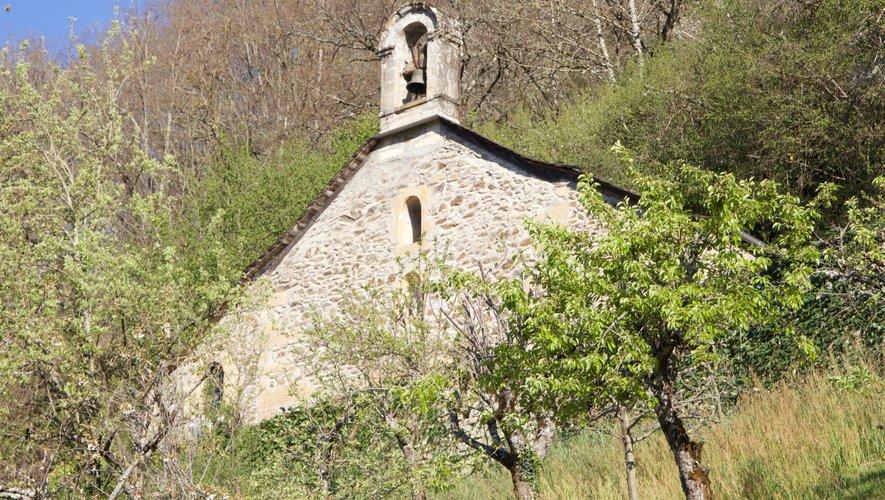 La chapelle St Antoine s'offre désormais à la vue des promeneurs.