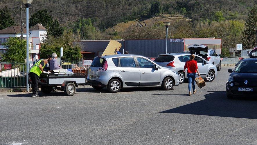 La déchetterie de Villefranche-de-Rouergue est en ce moment fortement sollicitée par les particuliers.