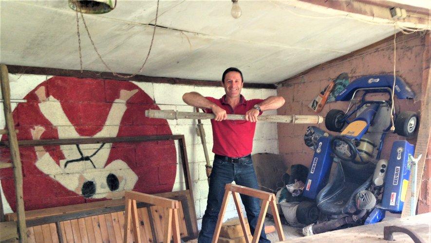 Adolescent, Benoît Campargue avait fabriqué une salle de musculation dans un ancien poulailler de la ferme à Lugan !