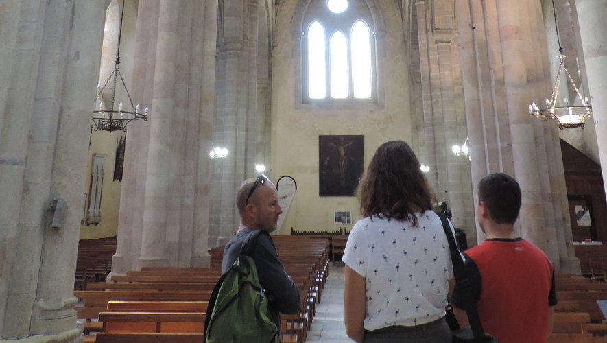 Chapelle Saint-Jean-Baptiste et église Saint-Martial, emblèmes de la sauveté