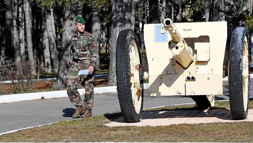 Quelque 1 300 légionnaires sont affectés à la 13e Demi brigade de la Légion étrangère sur le Larzac.