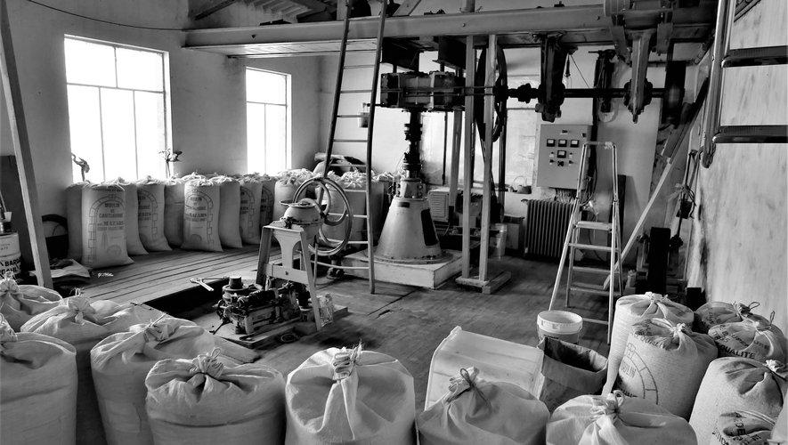 Le moulin de Cataranne produit farine de blé ou de seigle et quelques variantes