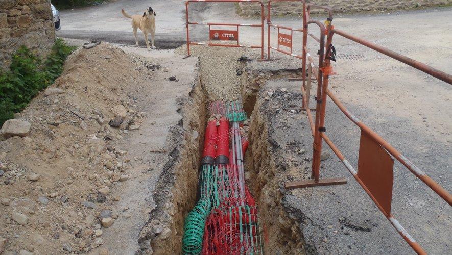 Aperçu du chantier dans une rue du village