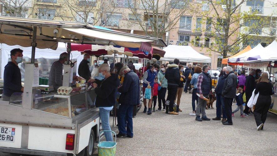 Ces droits de place concernent les marchands ambulants du marché du dimanche matin place de l'Étoile à La Primaube.