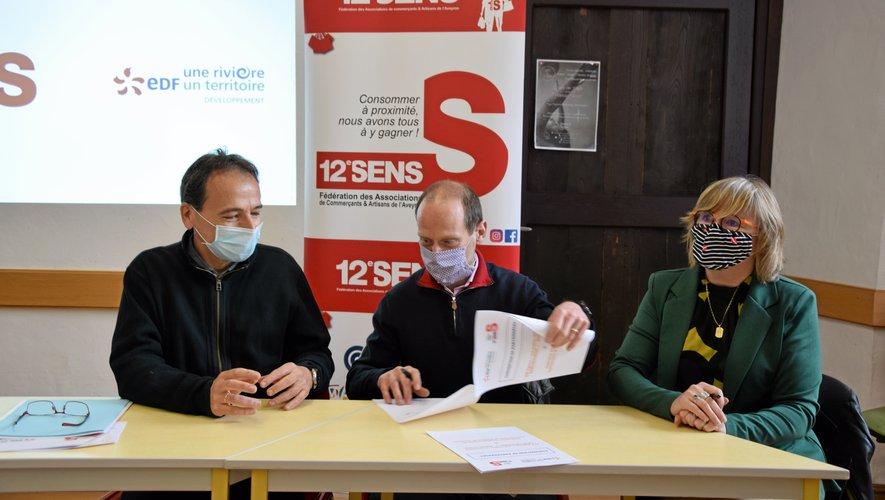 Alain Picasso (EDF), Jérôme Delgado et Béatrice Guy (coprésidents de 12e Sens) ont signé un nouveau partenariat.