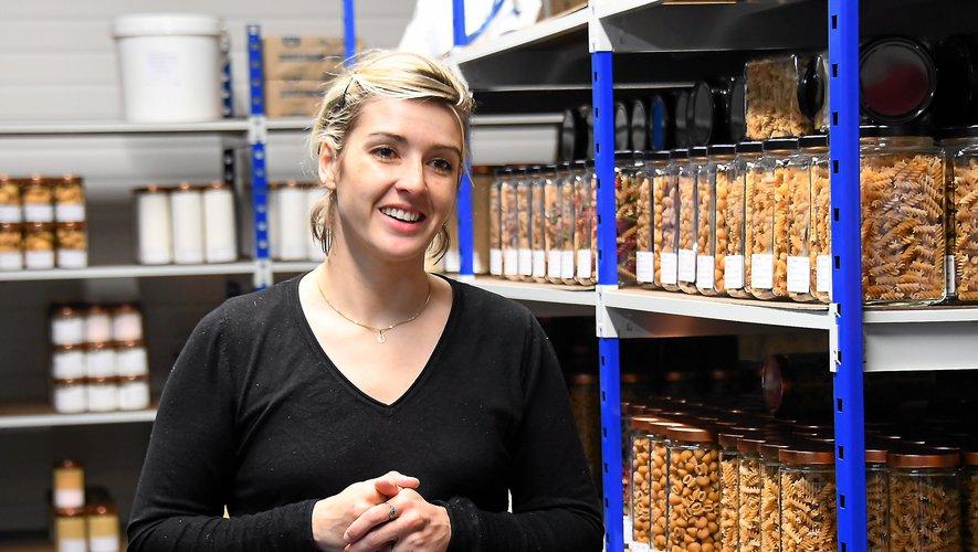 Kathy Guardino propose une enseigne pour lutter contre le gaspillage et les emballages plastiques.