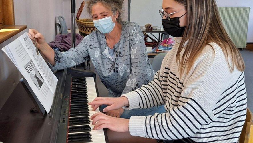 Leçon de piano, cours individuel.