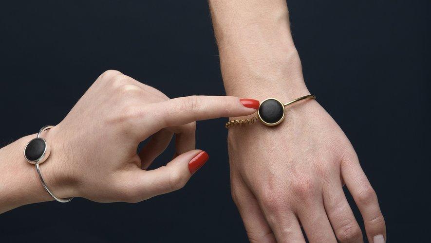 La start-up MyEli lance un bijou connecté destiné à alerter ses proches en cas de danger.