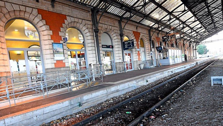La gare de Rodez n'a plus accueilli de train venant de Millau depuis 2017.