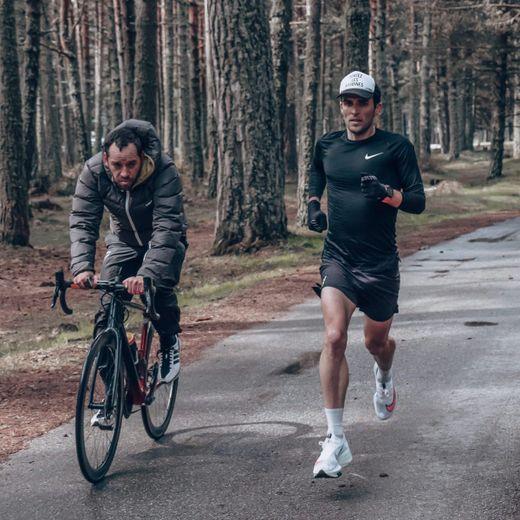 Maël Alric (à droite) est actuellement en stage de préparation dans les Pyrénées.
