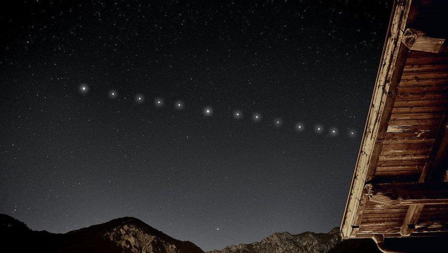 Les satellites Starlink sont parfois visibles dans le ciel nocturne.