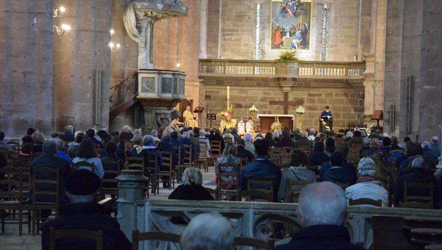 Près de 300 personnes, hier à la cathédrale de Rodez, pour célébrer l'Ascension.