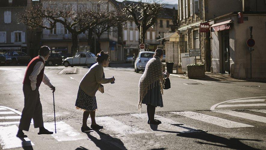 """Trois """"vieux"""" qui veulent vivre, vivre éperdument."""