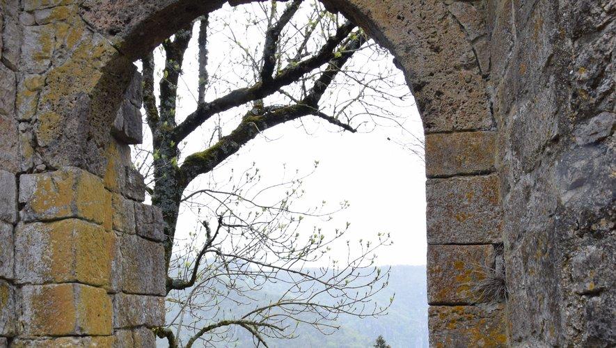 Le hameau et l'église de Saint-Véran hors du temps