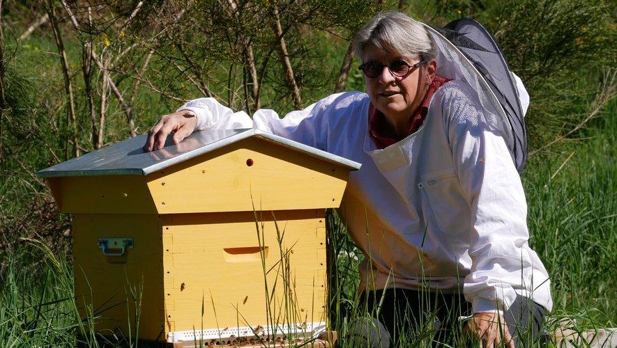 Femme de caractère et de conviction, Edith Guccini redonne au miel toutes ses lettres de noblesse. EG
