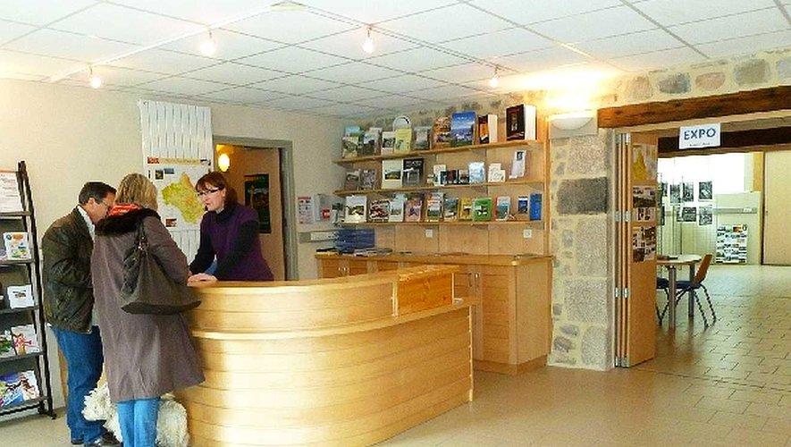 Entraygues a rouvert son bureau d'information et non son office de tourisme.