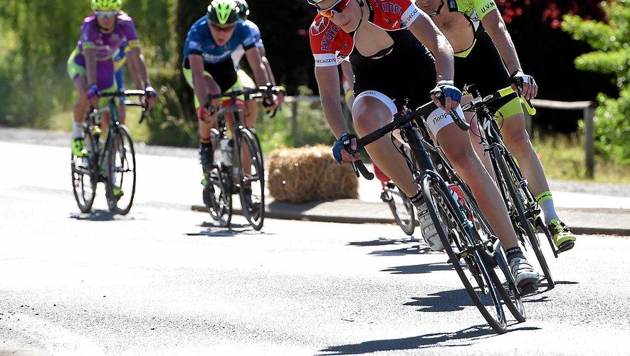 En attendant le Grand Prix de Villefranche, l'habituel rendez-vous vélo de la ville, ce sont les cyclistes professionnels qui vont arpenter les routes villefranchoises, cette semaine.
