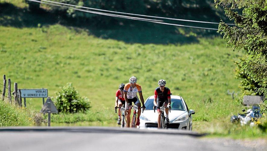 Les cyclistes vont trouver en le plateau de l'Aubrac un beau terrain de jeu.