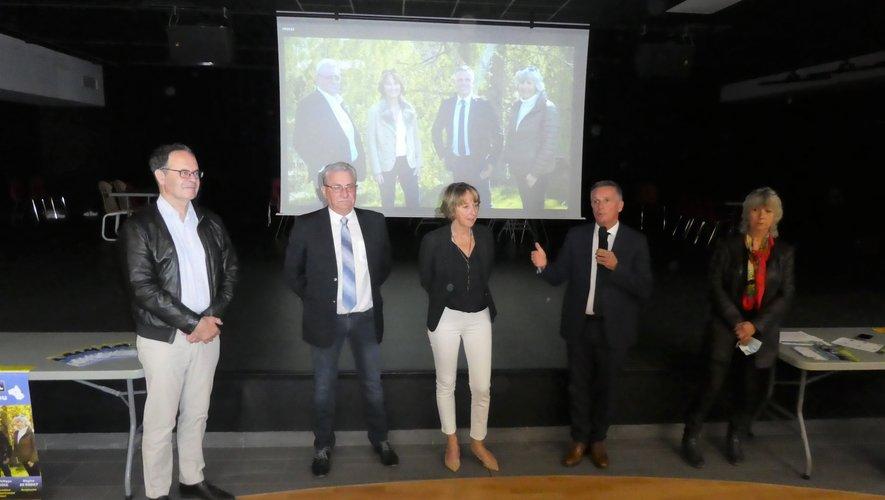 J-Ph. Sadoul et Dominique Gombert entourés de Régine de Rodat, Hervé Costes et Alain Marc.