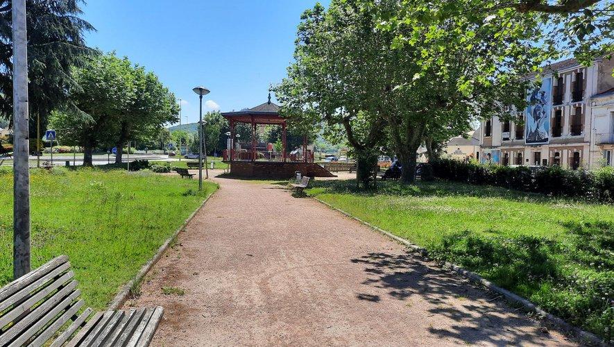 Decazeville avant et maintenant : le jardin public