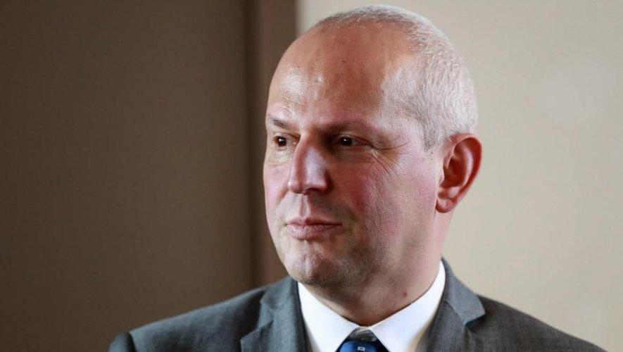 Jérôme Salomon, le directeur général de la santé a indiqué que le port du masque en extérieur devrait être levé au 1er juillet.