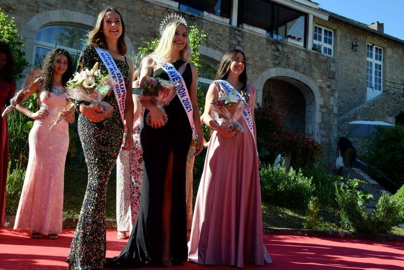 """Le """"podium"""" Miss Aveyron 2021."""