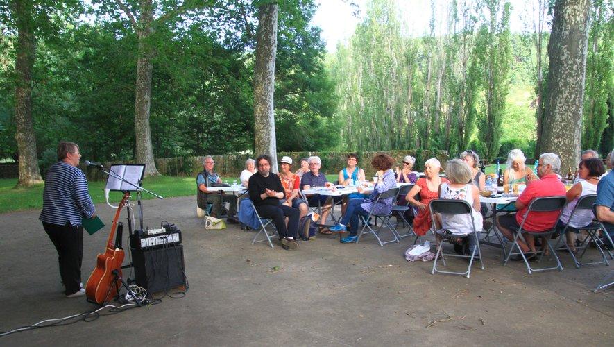 Paroles Vives : soirée poésie sous les arbres, vendredi 18 juin