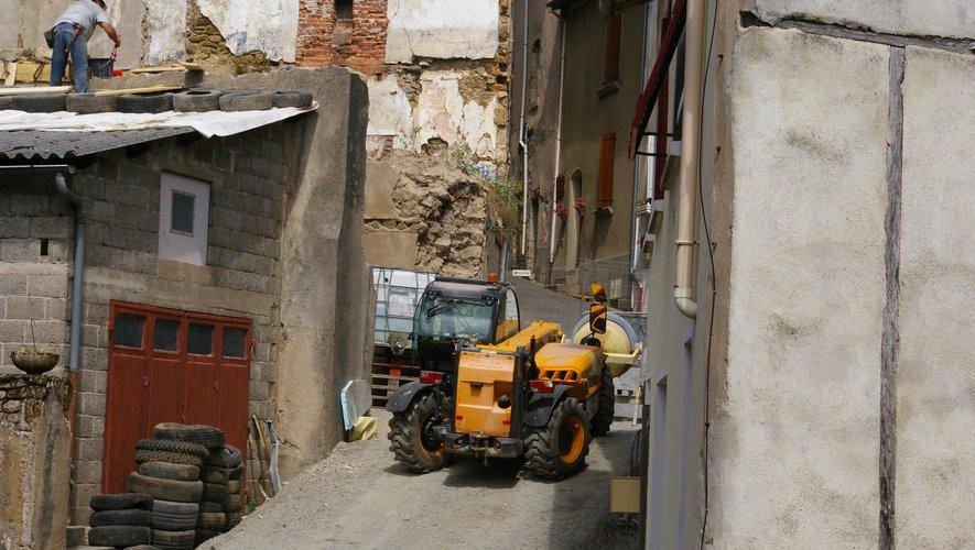Les démolitions ont démarré  par la rue Brassat.