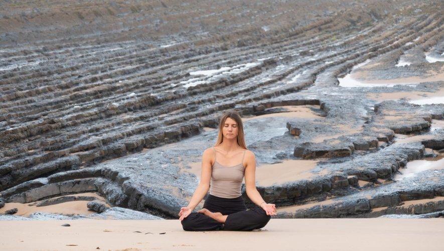 """""""Le yoga qui m'a aidé à prendre du recul, à gérer le stress, à m'épanouir tout simplement !"""" : Margaux Soulié.@MS"""