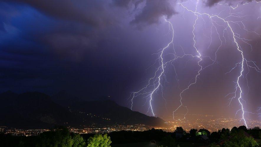 Des orages d'été localement violents sont à craindre.