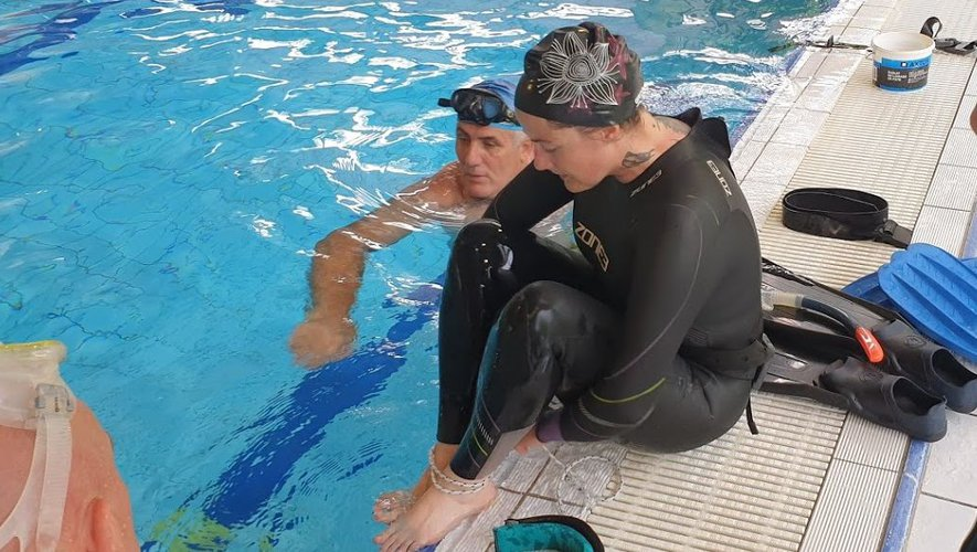 Ce dimanche en fin de matinée, quatre personnes handicapées ont pu goûter aux joies de la plongée sous-marine à Rodez.