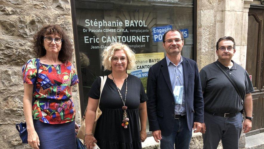 P. Combe-Cayla et J.-C. Carrié, les suppléants, entourentS. Bayol et E. Cantournet,candidats sortants.