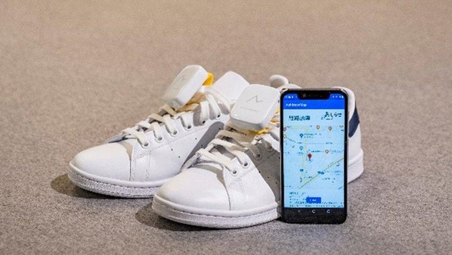 Le système de navigation GPS à glisser dans des chaussures Ashirase que développe actuellement Honda via la start-up Ashirase, Inc.