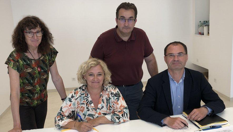 Stéphanie Bayol et Éric Cantournet au travail avec leurs suppléants, P. Combe-Cayla et J.-C.  Carrié.