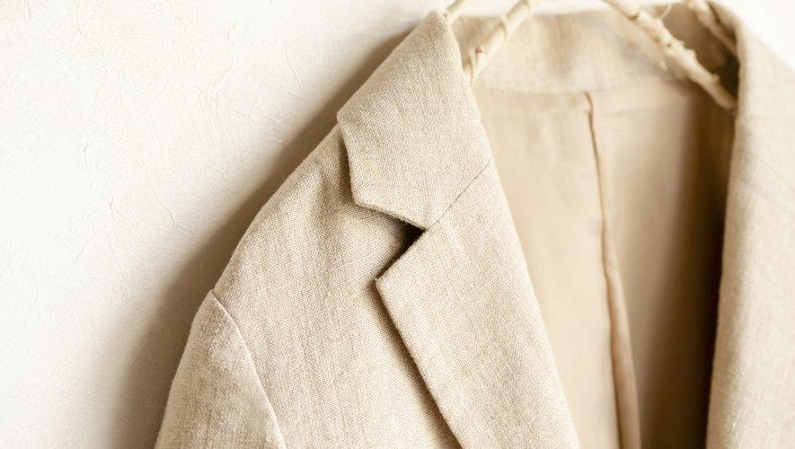 Le lin n'est plus réservé aux vêtements de plage et au linge de maison, il s'agit aujourd'hui d'une fibre incontournable qui fait un retour triomphant sur la scène mode.