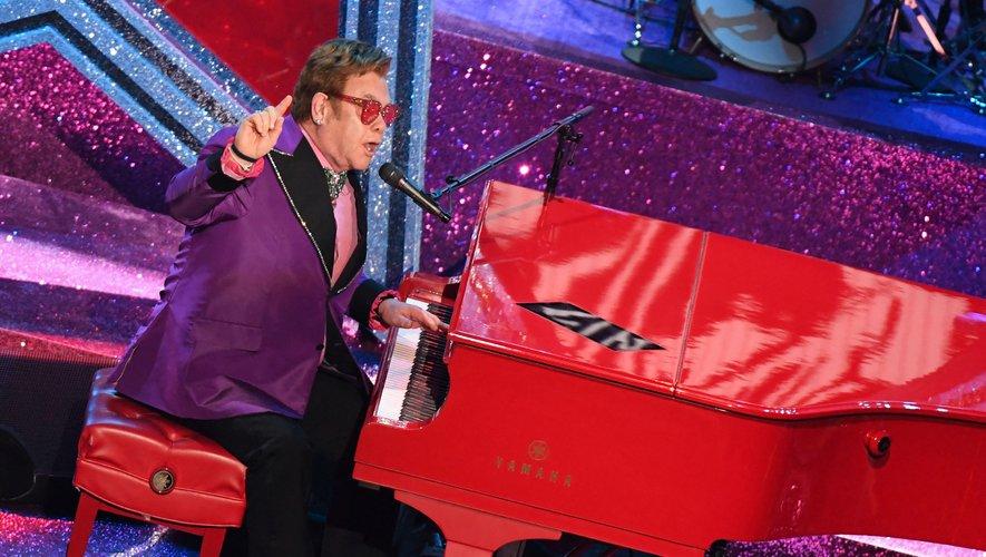Elton John sera le samedi 11 juin 2022 à Paris La Défense Arena, pour son tout dernier concert en France.