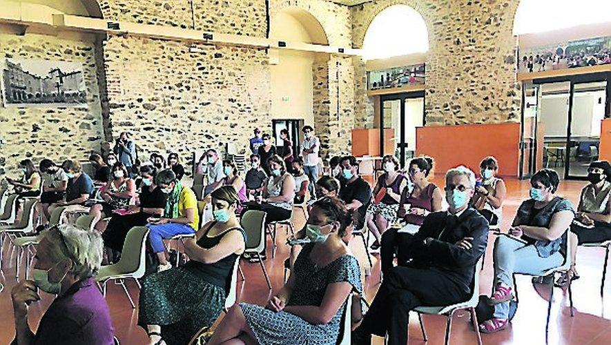 Un premier forum a rassemblé de nombreux participants à la Madeleine