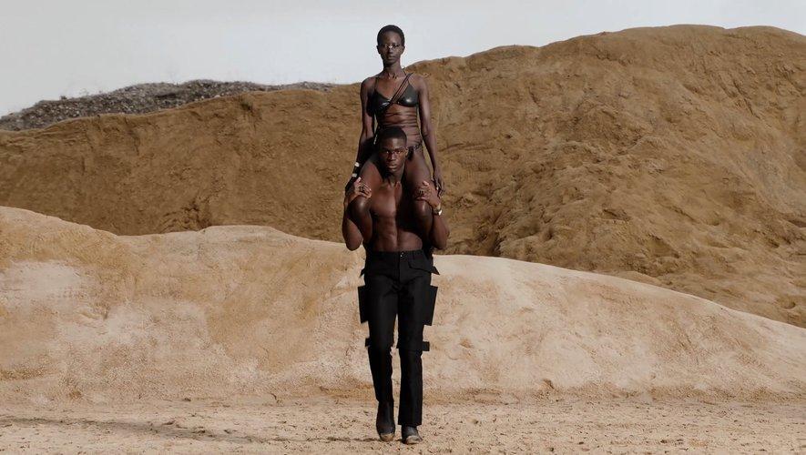 Fashion Week Stories à Paris pour l'homme : Burberry et Louis Vuitton