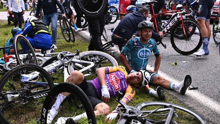 La pancarte de la spectatrice a envoyé au tapis plusieurs coureurs du Tour.