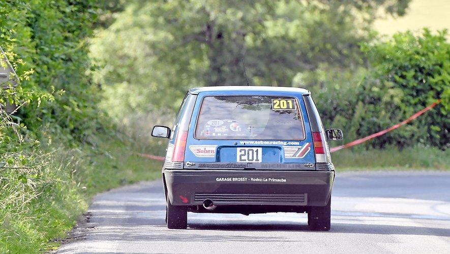 La Renault 5 GT turbo pilotée par Patrick Vernet.