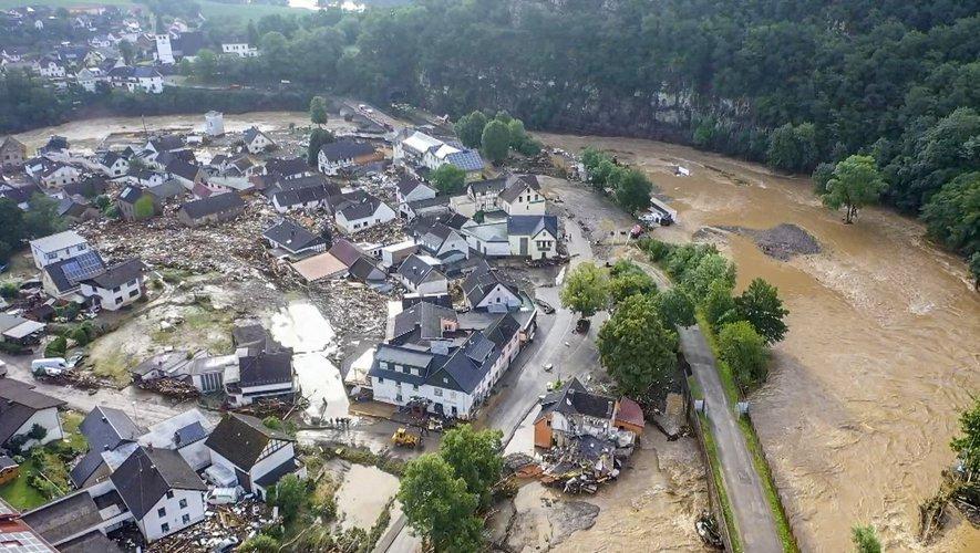 Des inondations mortelles en Belgique et en Allemange.