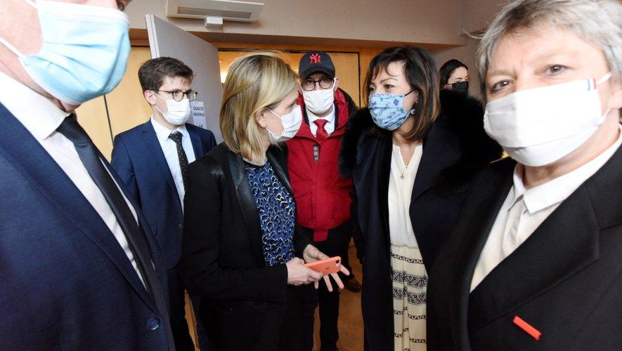 Carole Delga et Agnès Pannier-Runacher lors de la réunion sur l'usine Bosh, à Rodez, en mars dernier.
